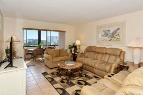 Gulfside Mid-Rise Unit 602E