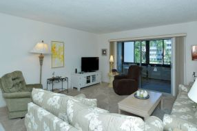 Gulfside Mid-Rise Unit 207F