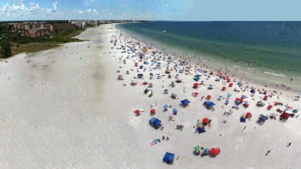 One of the best free activities in Siesta Key is the beach